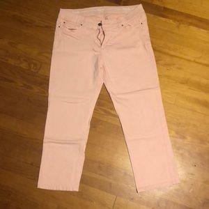 Rafaella Jeans - Rafaella peach jean capris in a size 14